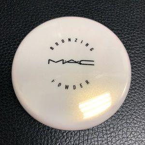 Mac Bronze compact